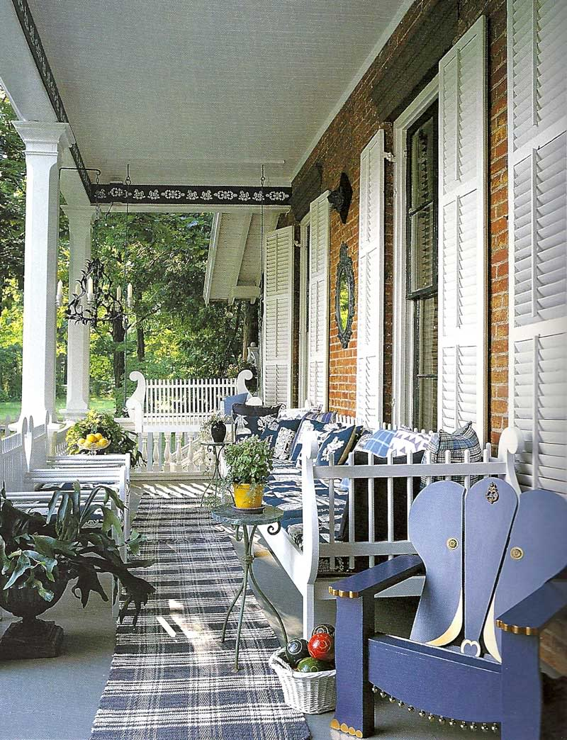 Queenmarcyoriginals beautiful porches for Pictures of beautiful front porches